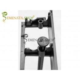 Здрави пластмасови пирони за монтаж на ограничителни ленти – UV защита и дължина 200 мм (20 см)