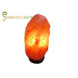 Настолна лампа за дневна от Хималайска сол 1,5-2 кг с дървена основа