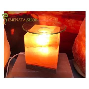 Дифузерна лампа за етерични масла ароматни куб от Хималайска сол - 2кг със стилна дървена основа